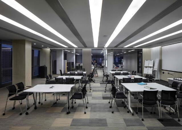 南宁办公室装修哪些要素可以提高员工积极性
