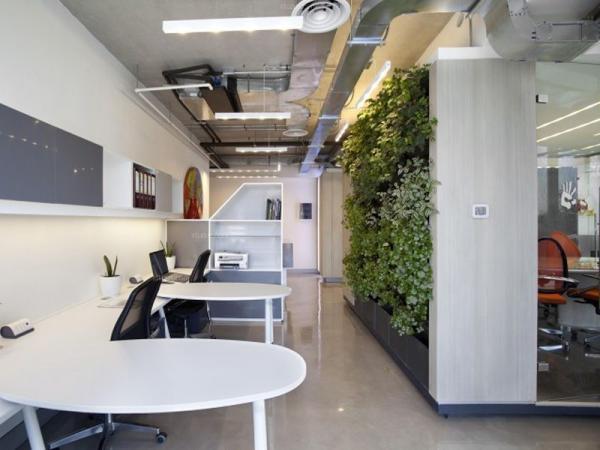 企业如何装修办公室前台让客户加深公司的印象