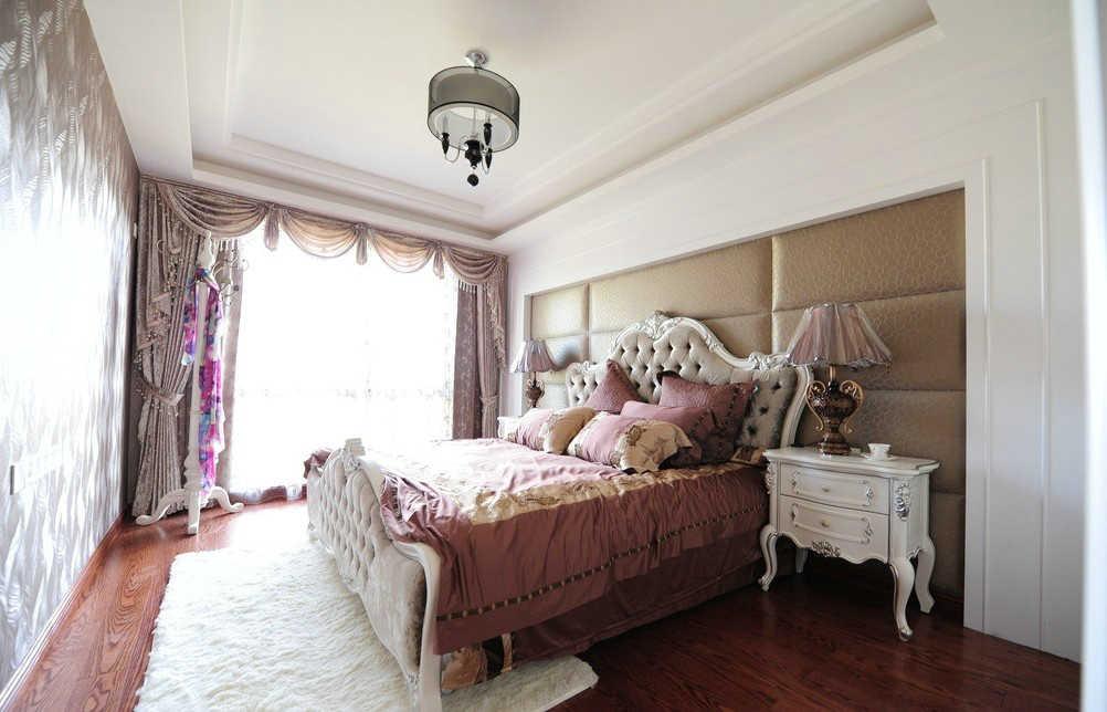 简欧卧室半亚光实木地板地面装修效果图 暖色调家装卧室圆盘豆半亚光地板地面设计图片欣赏