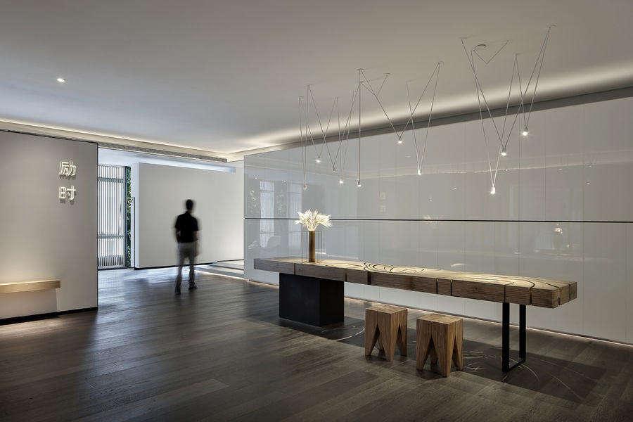 125平米办公室装修效果图