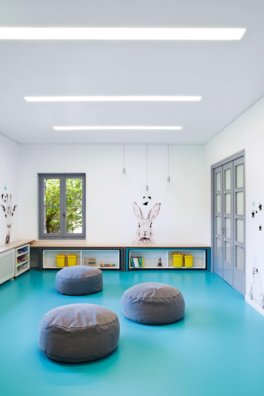 小型幼儿园简装效果图
