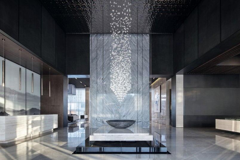 办公楼大厅怎么装修有高级感?南宁1500平方办公室装修预算是多少?